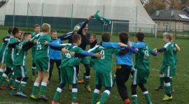 U12: Zaległe zwycięstwo na zakończenie rundy młodzików