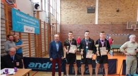 Porażka seniorów w Szamocinie. Marek Witczak brązowym medalistą Młodzieżowych Mistrzostw Wielkopolski w tenisie stołowym!