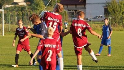 Wysoka wygrana juniorów 2002/2003