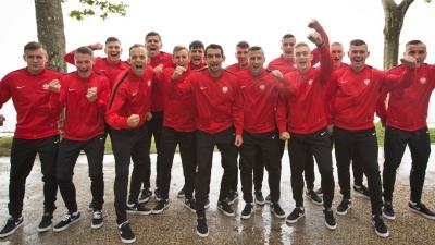 Piłkarz Mazura gra dalej na Mistrzostwach Europy piłkarskich szóstek