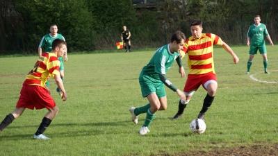 Piłkarska majówka