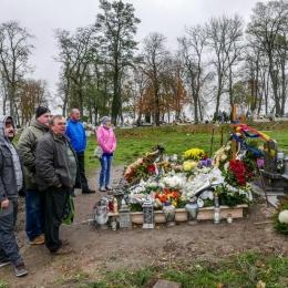 Kibice odwiedzili groby