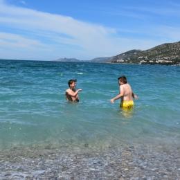 Grecja, dzień 2 (plaża w Loutraki, trening w Atenach)