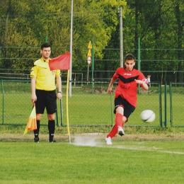 25.04.2015: Gwiazda Bydgoszcz - Dąb 0:3 (klasa B)