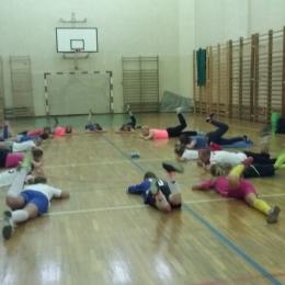Stretching piłkarek