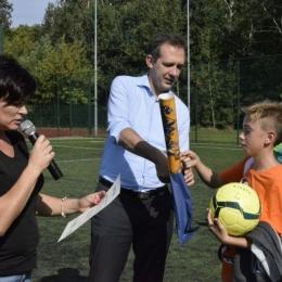 Turniej piłki nożnej drużyn mieszanych