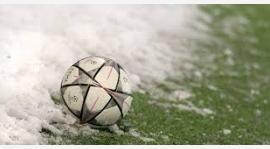 Zima w piłkę gra