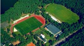 Obóz sportowy w sierpniu.