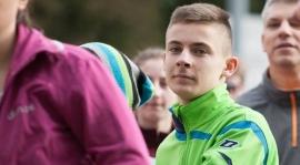 Remisowy sparing trampkarzy, poważny uraz Kamila Topy