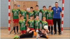 Młodzi piłkarze z brązem w Ciechocinku!