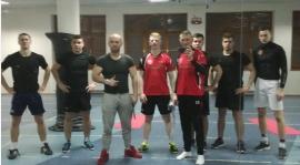Trener Personalny Piotr Kirszke dalej męczy Rydzyniaka:-)