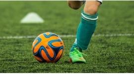 Ścisk w czołówce ligi amatorskiej