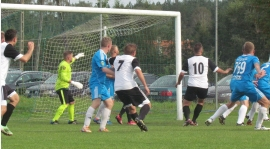 KS Euro-Car Wrzesina - FC Dajtki II Olsztyn 4:2 (1:0)
