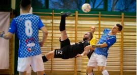 Przegrana z liderem, magiczny gol Sobczaka.