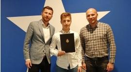 Sławomir Chmiel podpisał profesjonalny kontrakt z Wisłą Kraków!