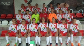 ROCZNIK 2002/2003: Pierwsza wygrana juniorów