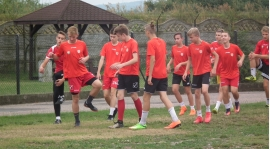 ROCZNIK 2002/2003: Juniorzy wznowili treningi