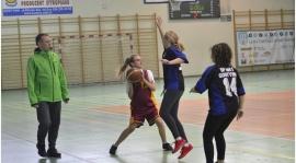 SP1 i SP3 mistrzami powiatu w mini koszykówce