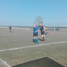 KS Wojciechy 1:3 GKS Błękitni Korona (08.04.2018)