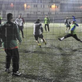 Deszcz piłkarzom nie straszny
