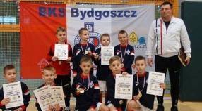 Zwycięstwo w turnieju Jeziorak CUP oraz V miejsce w finałach KPHL Żaka.
