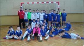Orliki w Chocianowicach bawiły się piłką