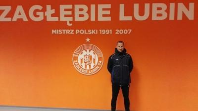 Trener Daniel Odziemkowski na stażu w Zagłębiu Lubin