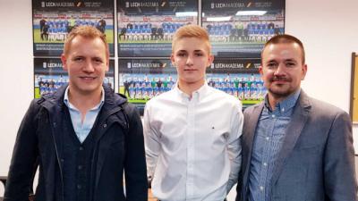Jakub Niewiadomski podpisał kontrakt z Lechem Poznań