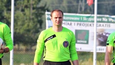 Łukasz Bant poprowadzi mecz Startu 77 z Pogórzem.