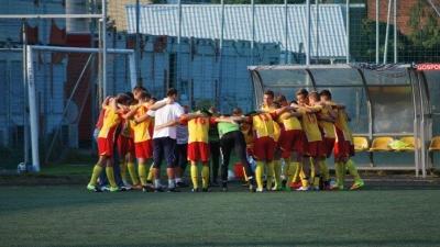 Szkoła Futbolu Wilanów rozbita!