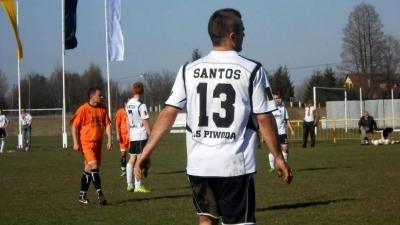 Santos wygrywa w Narolu