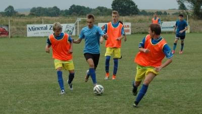 Juniorzy remisują w trzecim sparingu (19 foto)