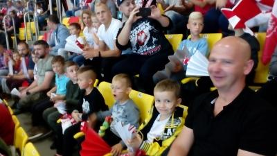 Żaki sparingowo w Sianowie oraz kibicowsko na meczu Polska-Węgry