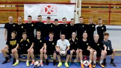 Pierwsze mecze kontrolne juniorów starszych.