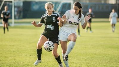 Trwa nabór do żeńskiej sekcji piłki nożnej.