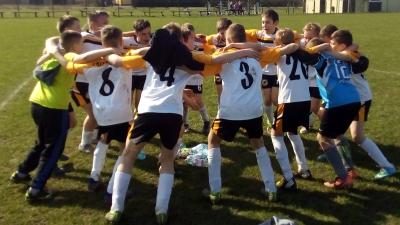 (M) Młodziki wygrywają w Stróżewie, młodziki wygrywają ligę !