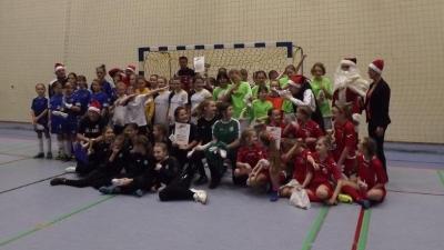 Mikołajek z piłką - turnieje dzieci i młodzieży
