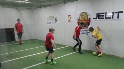 Trampkarze CKS Czeladź świętowali awans na sportowo