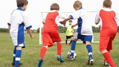 Wakacyjne zajęcia z piłki nożnej