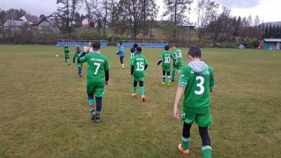 Młodziki: Na zakończenie rundy w dwóch meczach 3 punkty