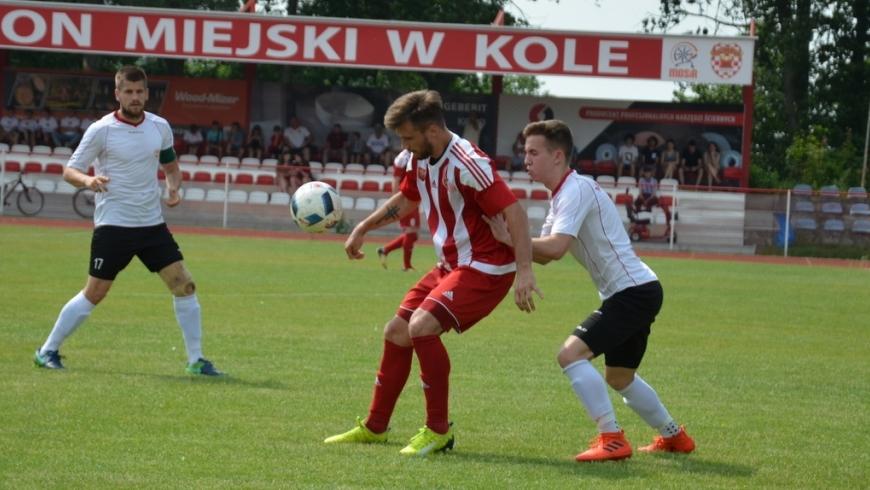 SENIORZY: Przegrana w ostatnich minutach z Ostrovią Ostrów Wielkopolski