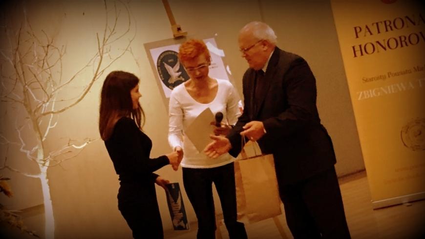 Wyróżnienie dla Gabrysi w konkursie poezji