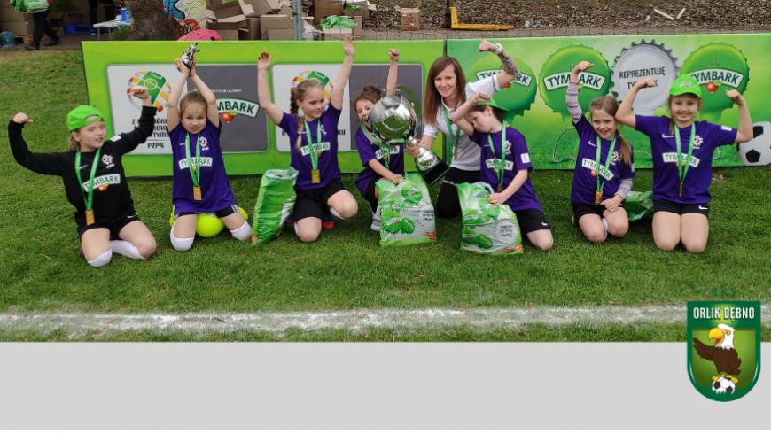Dziewczynki obroniły tytuł w Mistrzostwach Małopolski U-8 turnieju o Puchar Tymbarku