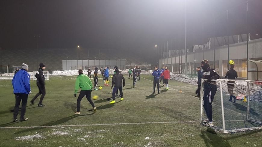 Piłkarze zielonej koniczynki wrócili do zajęć