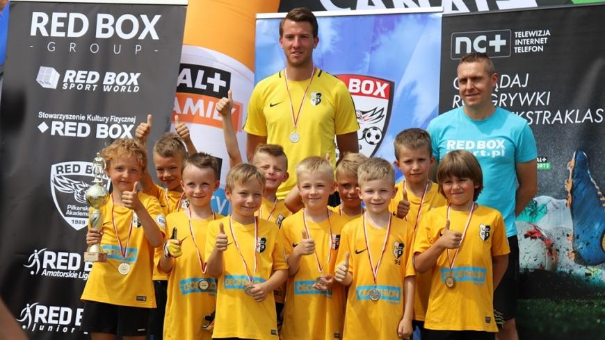 Sobota 1 czerwca Turniej o Puchar REDBOX rocznik 2010/2011