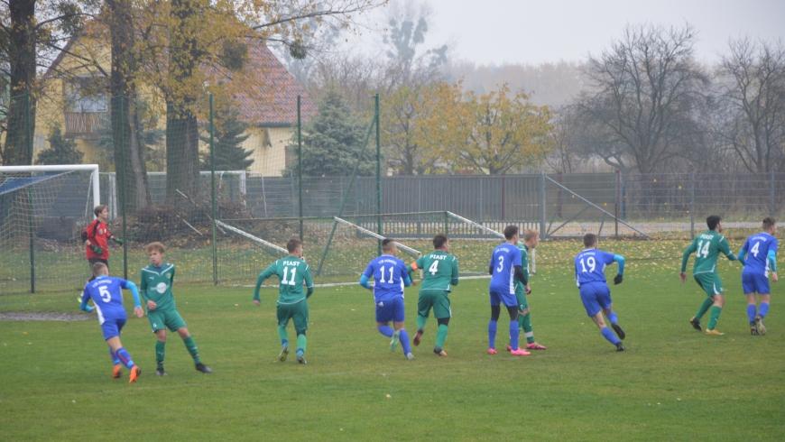 Pewne zwycięstwo w Dobrzeniu oraz emocjonująca końcówka w 1 lidze Juniorów