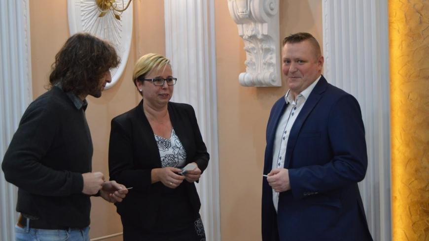 Wywiad z trenerem Krystianem Pikausem.