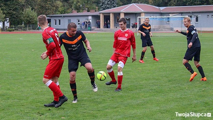 SENIORZY: Prowadzili 2:0, przegrali 2:5 w Pucharze Polski
