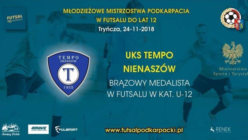 Rocznik 2006 trzecią drużyną w województwie.